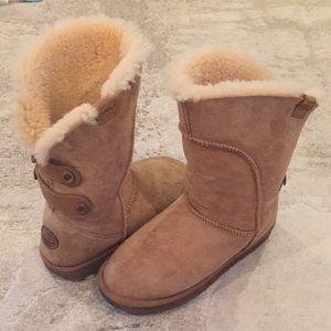 EMU women's boots