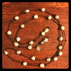 Jewelry - Perle By Lola Lariat Pearl Necklace