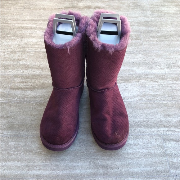 17a5322c24a UGG BOOT BAILEY BOW EXOTIC SCALES PRINCE PURPLE 9