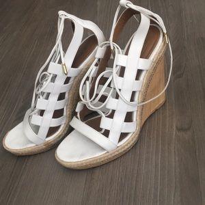 AQUAZZURA size 39 white heels normal wear