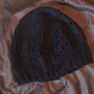 H&M black open stitched beanie NWOT