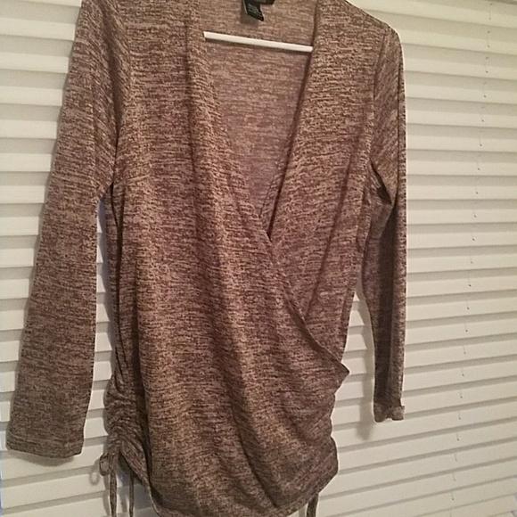 robert louis Tops - Long cross over top/ sweater