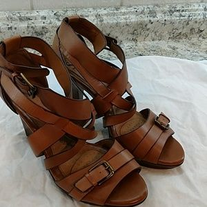 Sofft strappy sandals