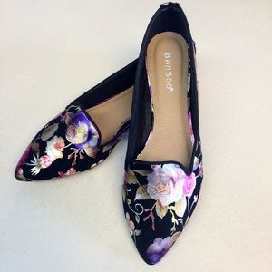 Now Available! Floral Shiny Loafers Pointed Toe