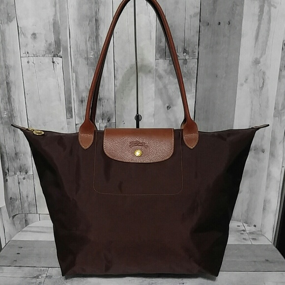 Longchamp Handbags - Large Longchamp Le Pliage Nylon Bag d174aedb7f02d