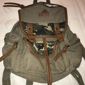 American Eagle Green Camouflage Canvas Badkpack