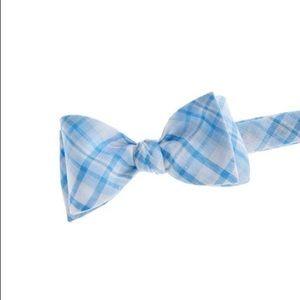 Vineyard Vines Blue & White Plaid Linen Bow Tie