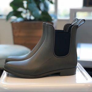 Olive Green Chelsea Rain Boots