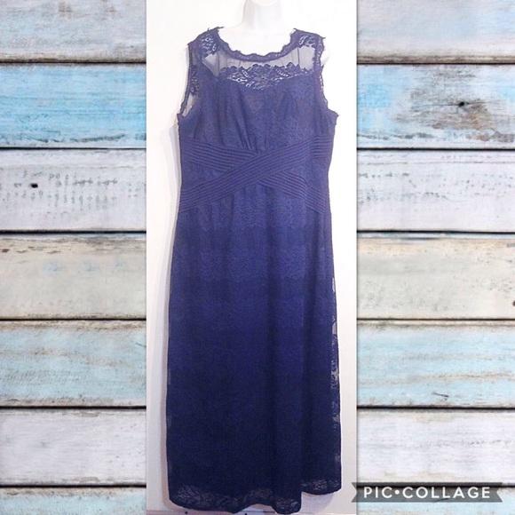PLUS SIZE Navy Lace Maxi Semi Formal Dress