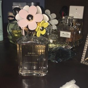 Marc jacobs daisy eau so fresh 4.25FL - 125 ML