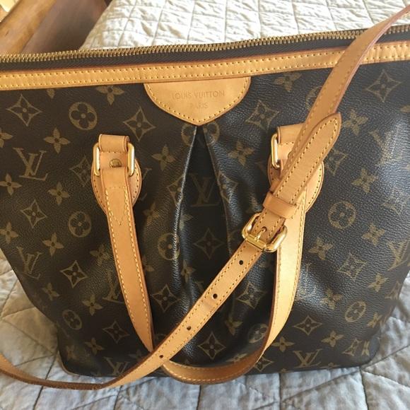27146b563880 Louis Vuitton Handbags - Authentic Louis Vuitton Palermo Pm