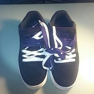 73b5bc22ad Vans Shoes - Nib men s Baxter vans
