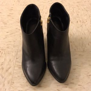 Calvin Klein Zabrina boots