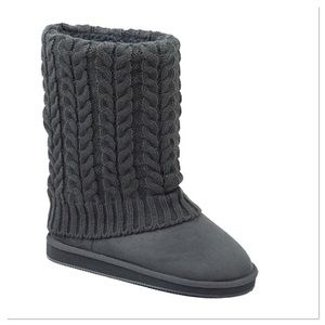 Gray Cable-Knit Boots