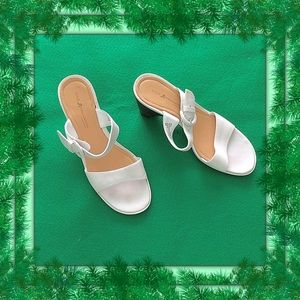 Rockport Sole Innovation / Size 8 White Sandals