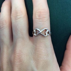 Vintage Jewelry - 💫925 Silver Infinity Heart 8 Love Ring Size 6.5