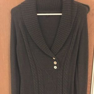 NWOT medium guess sweater