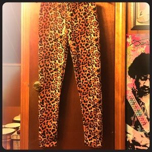 Pants - Leopard Fleece Leggings