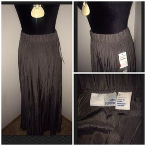 NEW 14th & Union Grey Crinkle Maxi Skirt