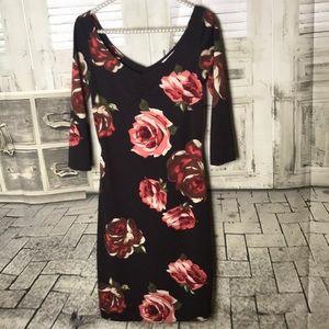 Dresses & Skirts - Floral Dress medium