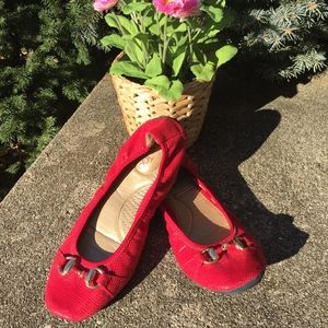 Me Too Red Limbo Scrunch Ballet Flats Size 8M