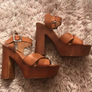 Tan wedges /clogs