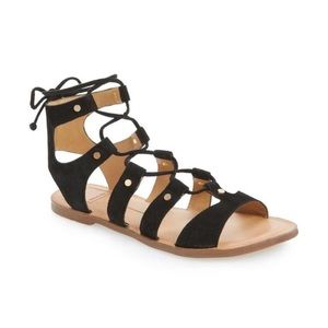 🎄🎁Dolce Vita lattice work sandal🎄🎁