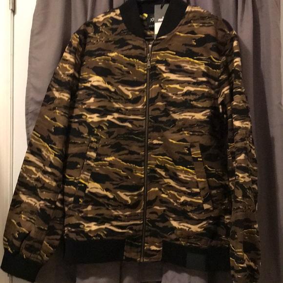 e134f45f78c6 Puma Jackets   Coats