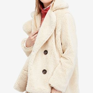 Free People Teddy Pea coat . New Size L