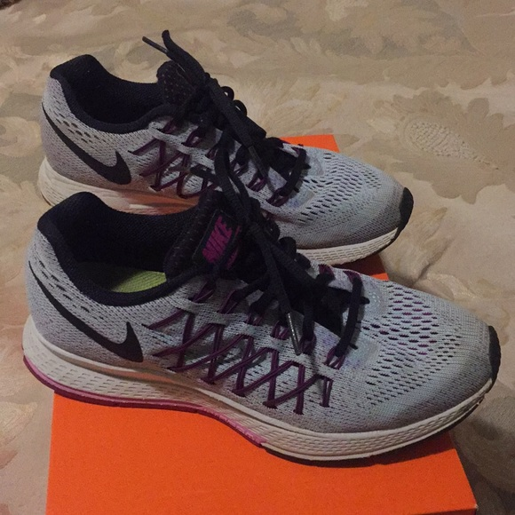 Nike Shoes - Nike air zoom pegasus 32 light purple size 7