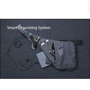Other - Unisex sling bag