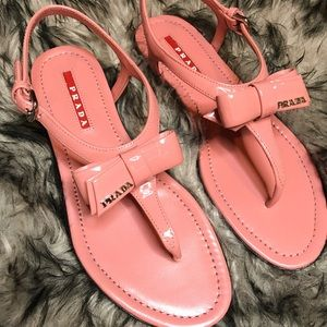 Prada Patent Leather Bow Thong Sandals sz. 5.5