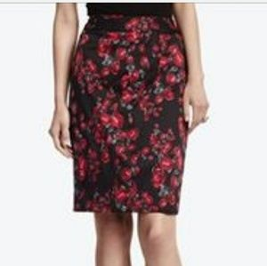 NWT WHBM Red Rose Black Pencil Skirt Size 6