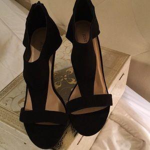 8903fdd1ec JUST FAB LORRIENNE Shoes - Women's Just Fab LORRIENNE BLACK Suede 8.5M Wedge