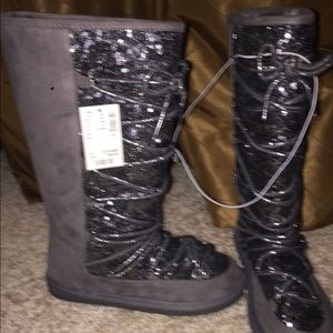 Brand new girls Justice Boots