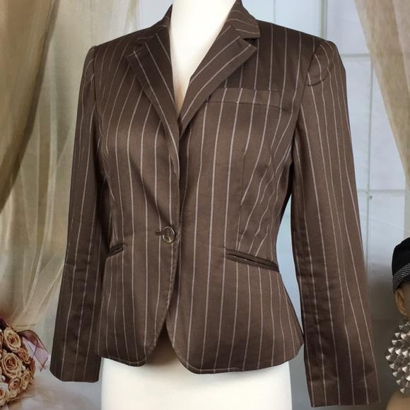 Worthington Jackets & Blazers - Worthington Brown Pinstriped Petite Blazer