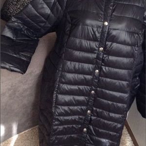 PACKABLE Puffer Coat/with bag.   NWOT