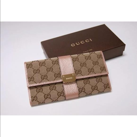 132b90fe34fd Gucci Bags | Womens Wallet Semi Like New | Poshmark