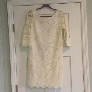 Jessica Simpson 3/4 length sleeves dress