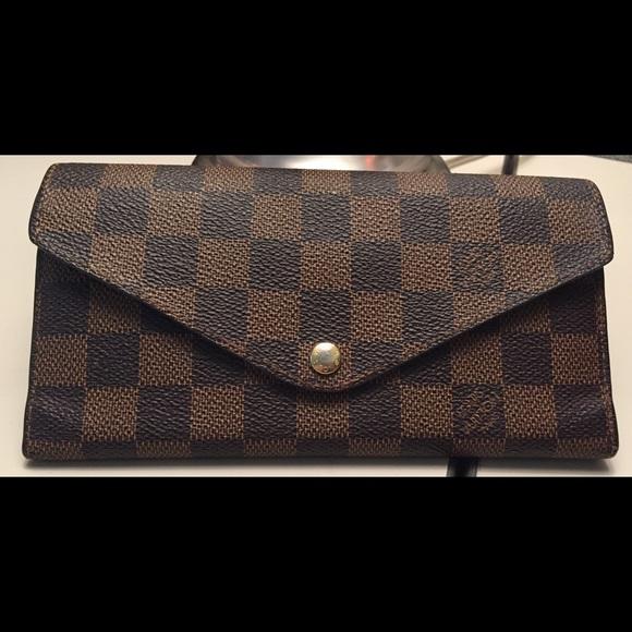 4c8a5cf16d0a Louis Vuitton Handbags - Authentic Louis Vuitton Damier Josephine Wallet