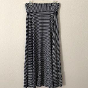 Gap Skirt Size M