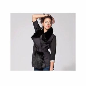 K Dash by Kardashian Black FauxFur Vest Size Sm or