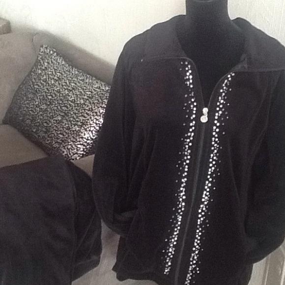 Catherines Jackets & Blazers - Black Velour Jacket & Pant Set.      FIRM PRICE.