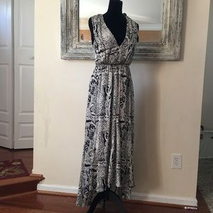 Ark &Co Long Maxi Dress Medium Paisely cutout back