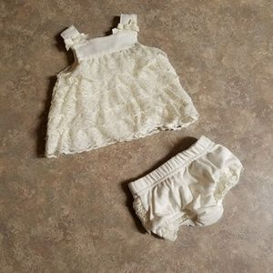 Cute lace newborn outfit