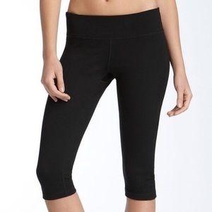 Zella black Capris crop workout leggings