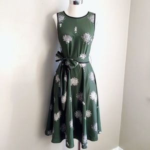 Green Floral Chrysanthemum Print Full Skirt Dress