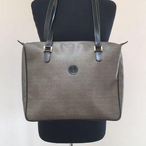 Stunning Vintage Fendi Shoulder Bag 🌟Excellent!🌟