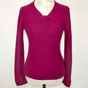 Gorgeous JONES NY 100% Cashmere Sweater in Magenta