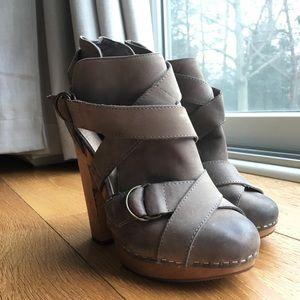 Steven wooden heel ankle booties